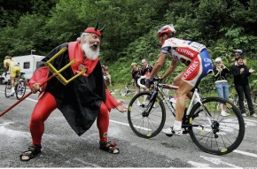 TSR Debate: the validity of Tour de France fans